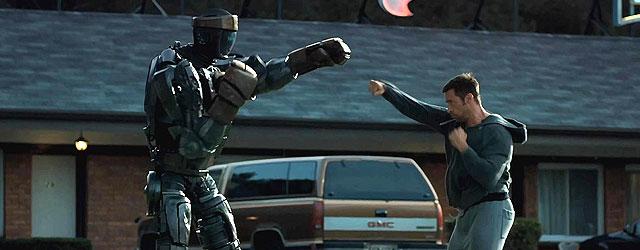 אם אתם רוצים מקוריות, לכו לסרט אחר. אם אתם רוצים רובוטים הולכים מכות, לכו לסרט הזה