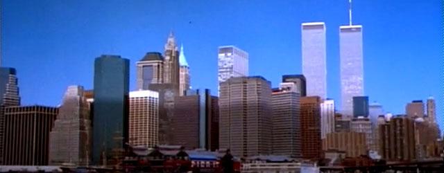 בעולם שבו פיצוץ מבנים אמריקאיים מפורסמים הוא בידור לכל המשפחה...