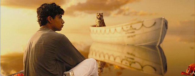 הסיפור על הנער ההודי והטיגריס התקועים על סירת הצלה הוא יפהפה. רק למה היה צריך להכניס לפה את אלוהים?
