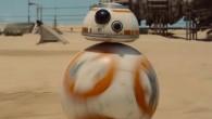 "BB8, הרובוט הכדורי של ""מלחמת הכוכבים"", מופיע לפני קהל ומסמן את עצמו כיורש ראוי ל-R2D2"