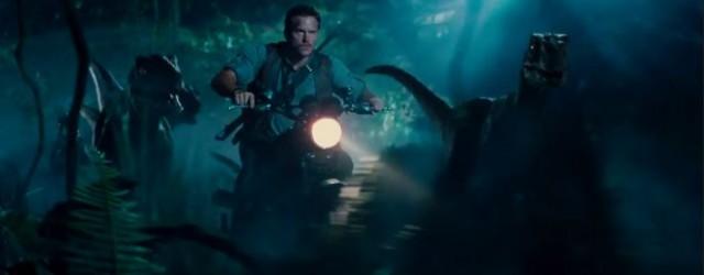 """לא תאמינו, אבל מתברר שבסרט """"פארק היורה"""" החדש יהיו דינוזאורים גדולים שאוכלים אנשים"""